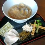 麺処学 - 料理写真:鮮魚(鯛)ラーメン