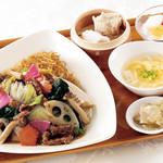 南国酒家 - 彩り根野菜のやきそばセット
