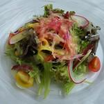 ダンゼロ - B 季節のサラダ