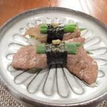 77285165 - [夕食]飛騨牛?寿司