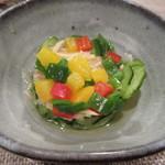 77285208 - [夕食]きゅうりとパプリカのサラダ
