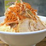 デカ盛り戦隊 豚レンジャー - 料理写真:ラーメン+野菜チョイマシニンニクマシマシチョイ辛