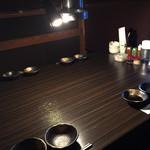 焼肉たらふく  - 料理写真:テーブル席