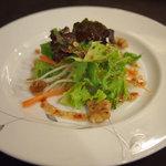 陳餐閣 - ランチサラダ
