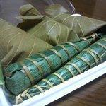 松庵 - 柏餅(こし餡)とちまきのセット