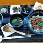 美先 - [料理] 国産うなぎの土鍋混ぜ御飯 全景♪w