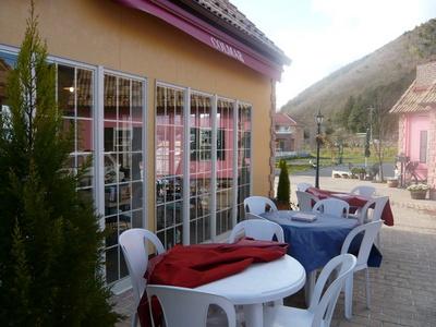 カフェレストラン コルマール