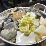 すき焼・鍋物 なべや - かきみそ鍋できあがり〜