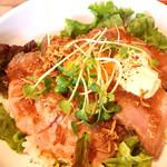 77302591 - ローストビーフ丼