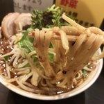 ダントツラーメン  - ひっこ抜き♪弾力のあるプリシコ太麺が美味い