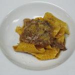 グストーソ 銀座 - アグー豚のラグーソース サフラン風味のガルガネッリ