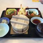 夢庵 - 松茸せいろご飯 1299円(税別)