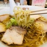 坂内 - 細麺はこんな感じ!