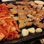 中華料理 普門 - サムギョプサル