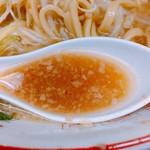 ラーメン二郎 - スープは相変わらず甘め