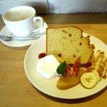 ネコノキ カフェ - 料理写真:シフォンケーキセット!
