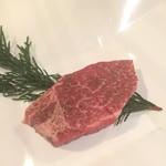 肉家焼肉ゑびす本廛 - 特上ヒレ