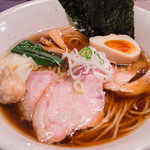 Homemade Ramen Muginae - 料理写真:特製醬油らあめん(990円)