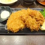 新宿さぼてん - カキフライと三元麦豚ロースかつ定食(ロースかつ)