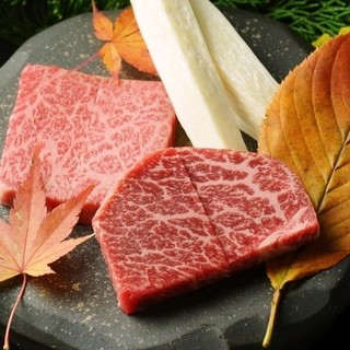 【五感で楽しむお料理を♪】肉割烹で表現致します☆ぜひご予約を