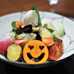 傳 - 料理写真:傳サラダ