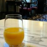 東京ステーションホテル ロビーラウンジ - オレンジジュース