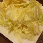 おしどり - 料理写真:ばりウマ塩キャベツ