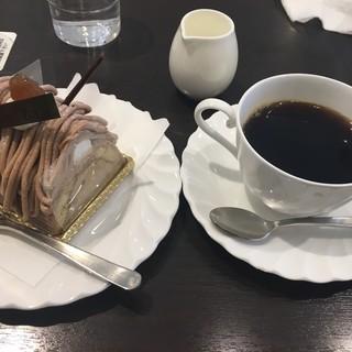 葦 - 料理写真:プチマロンのケーキセット790円に