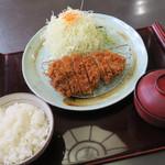 とんかつレストランてつ兵衛 - 上ロースランチ(¥980)