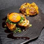 大人の鉄板 Basaro - みつせ鶏の甘みと食感を最大限に活かした「みつせ鶏生つくね」