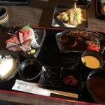 海宝 - 料理写真:煮魚定食
