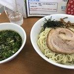 ななまる - 料理写真:つけそば 大盛 ¥930