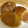 オーブン フレッシュ カフェ - 料理写真:塩パン(左下:カレー、右下:バター、上:シリアル)