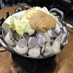 77377305 - 牡蠣のお鍋 (1,200円)