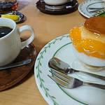 トリアノン - ブレンドコーヒー&プリンアラモード