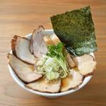 麺屋壱兆 - 熟成醤油肉そば