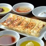 麺屋壱兆 - 肉汁棒餃子