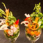 畑の採れたて野菜サラダ
