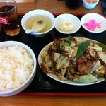 餃子苑 富丘の里 - 豚肉とキャベツのみそ炒め定食大盛り