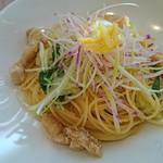 77381236 - 鯛と白菜とカラスミのペペロンチーノ