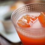 ギャラリー ぽっぽ - 有機果実と野菜のジュース 620円