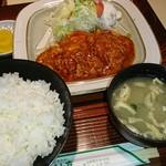 希林亭 - 料理写真:ポークチャップ定食900円