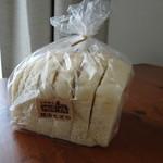 パン工房 MUGIYA - 天然酵母ナチュラル食パン
