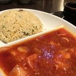 紅虎餃子房 - エビチリと炒飯
