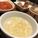 紅虎餃子房 - 卵スープ