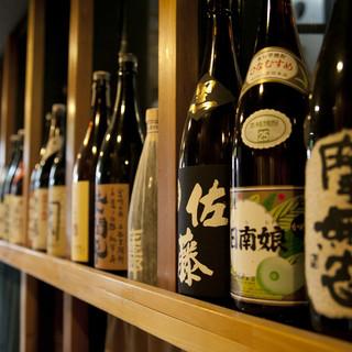 プレミアム銘酒から個性的な地酒まで。日本酒が豊富