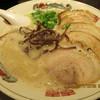 魚介豚骨らーめん 刻 - 料理写真:豚骨ラーメン 焼豚トッピング