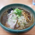 麺屋 彩未 - 醤油ラーメン()です。