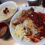 夢を語れ - 【期間限定】新辛麺・ヤサイニンニクアブラ(850円)+生玉子(50円)