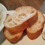 ヴィラッツァ - [料理] パン アップ♪w ①